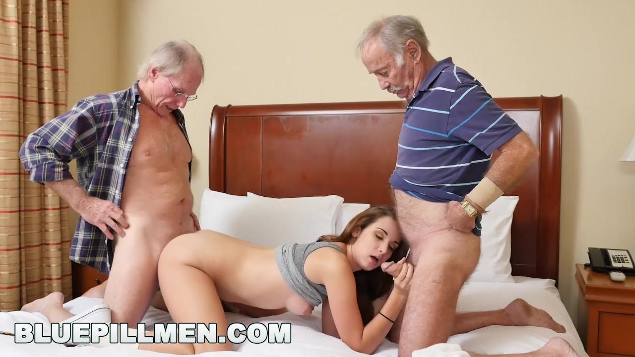 Смотреть порно онлайн бесплатно золотой дождь дед и внучка