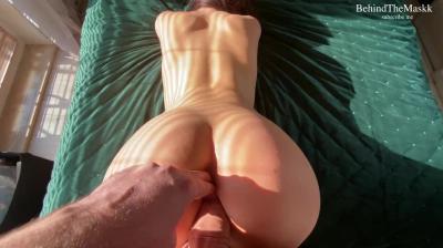 Жена позволила мужу трахнуть себя в задницу